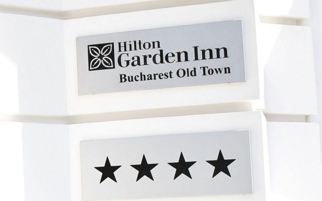 Arta de Cinci Stele la Hilton Garden Inn